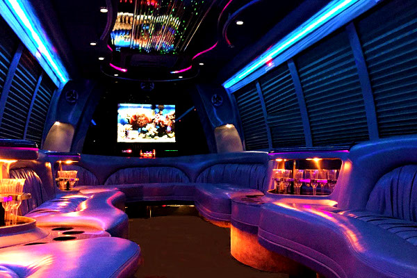 Lake Mary 18 Passenger Party Bus