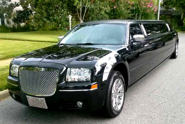 Lake Mary Florida Chrysler 300 Limo